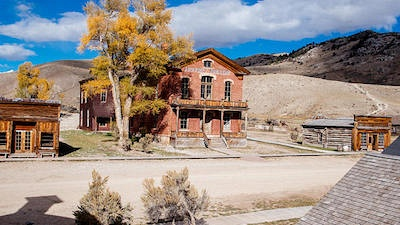 Ghost Adventures: Bannack Ghost Town: Watch the Full Episode Now