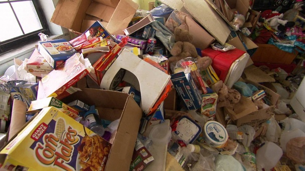 Hoarding: Buried Alive: My Teeth Are Lost In the Pile: Watch the Full Episode Now