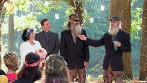 episodes of duck dynasty a e on guidebox watch full tv episodes duck