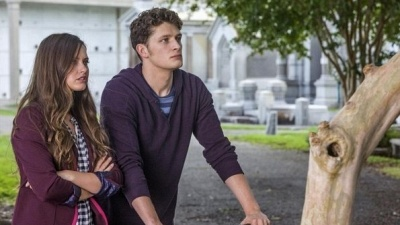 Ravenswood: Pilot: Watch the Full Episode Now
